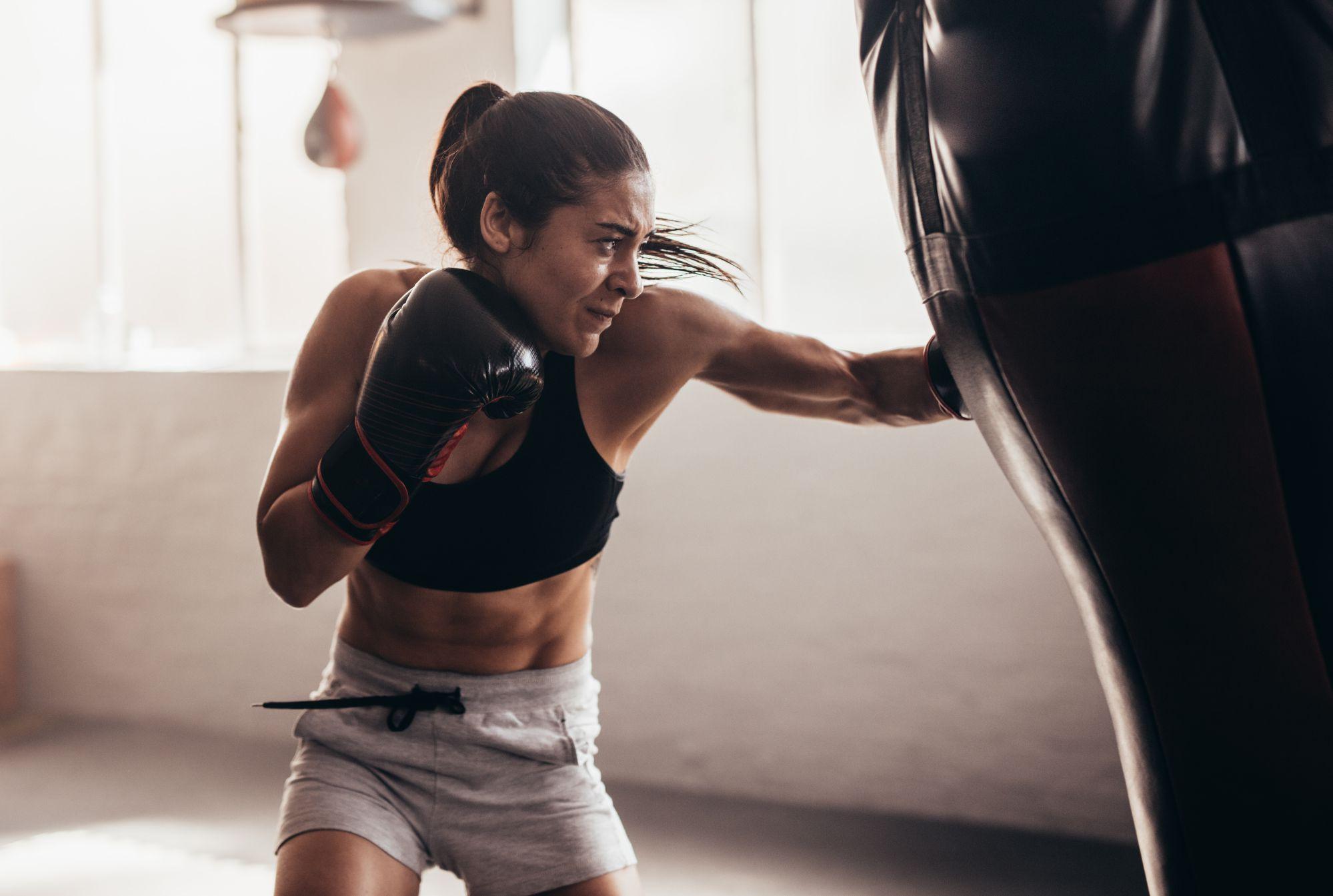 vrouw-bokser-sporten