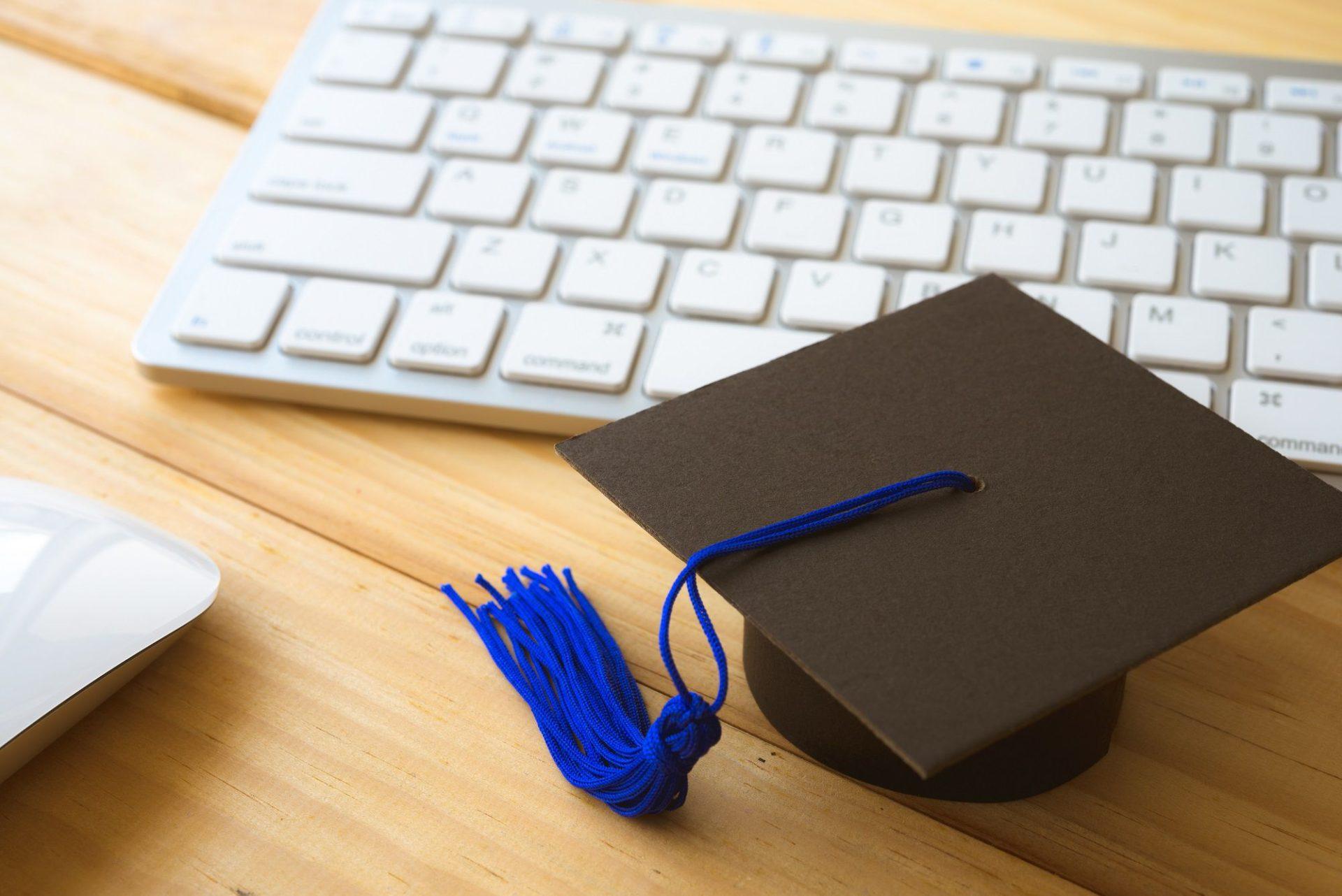 graduation_Digital_Corona_shutterstock_1051986260